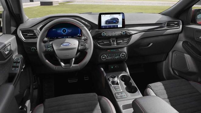 Nội thất của Ford Escape 2020 khá hiện đại